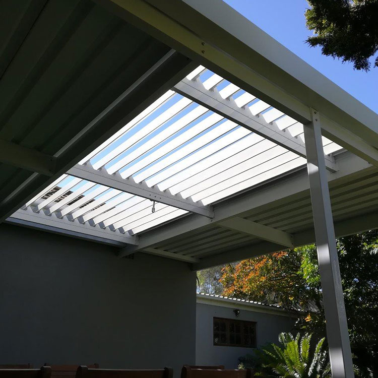 Adjustable-Louvre-Awnings-by-Awnmaster-Cape-03