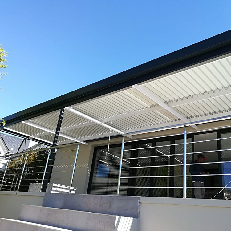 Adjustable-Louvre-Awnings-by-Awnmaster-Cape-09