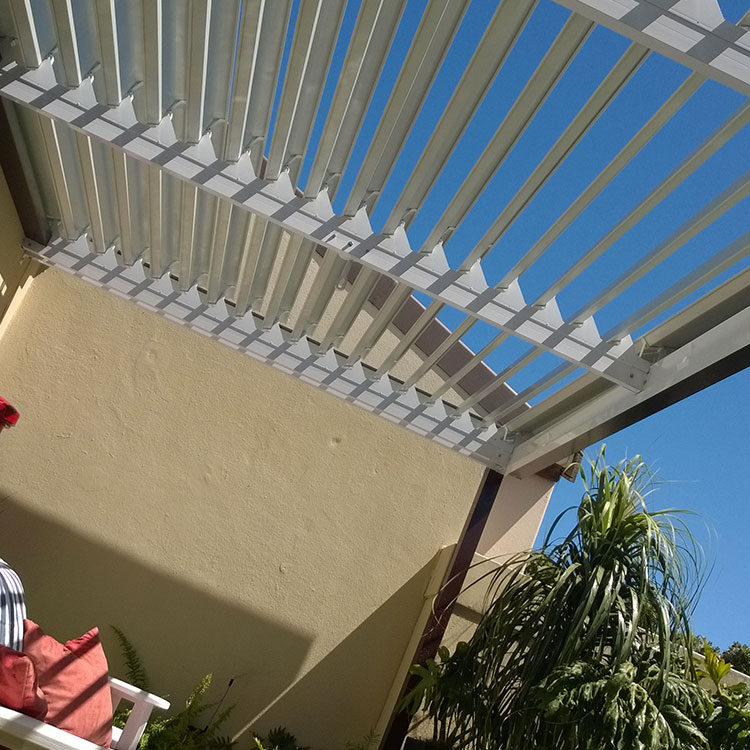 Adjustable-Louvre-Awnings-by-Awnmaster-Cape-14